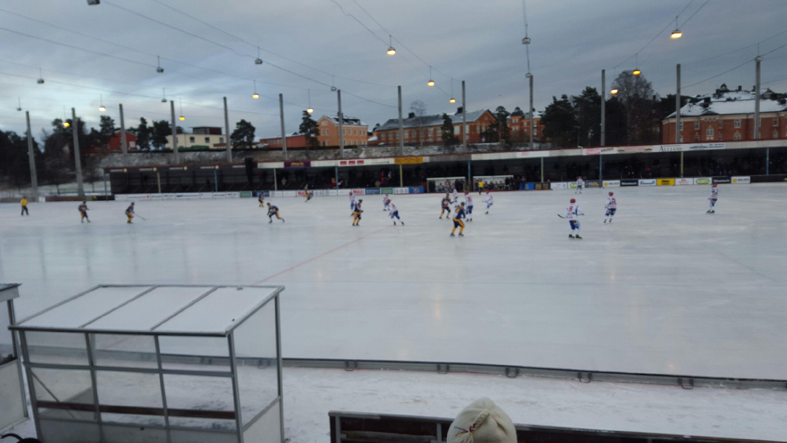 Malmo narmar sig flytt till gamla isstadion